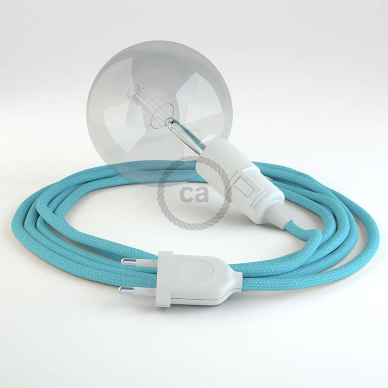 Kreieren sie ihre Snake Leuchte mit dem RM17 Baby Blau Seideneffekt und erleuchten sie ihre Umgebung.