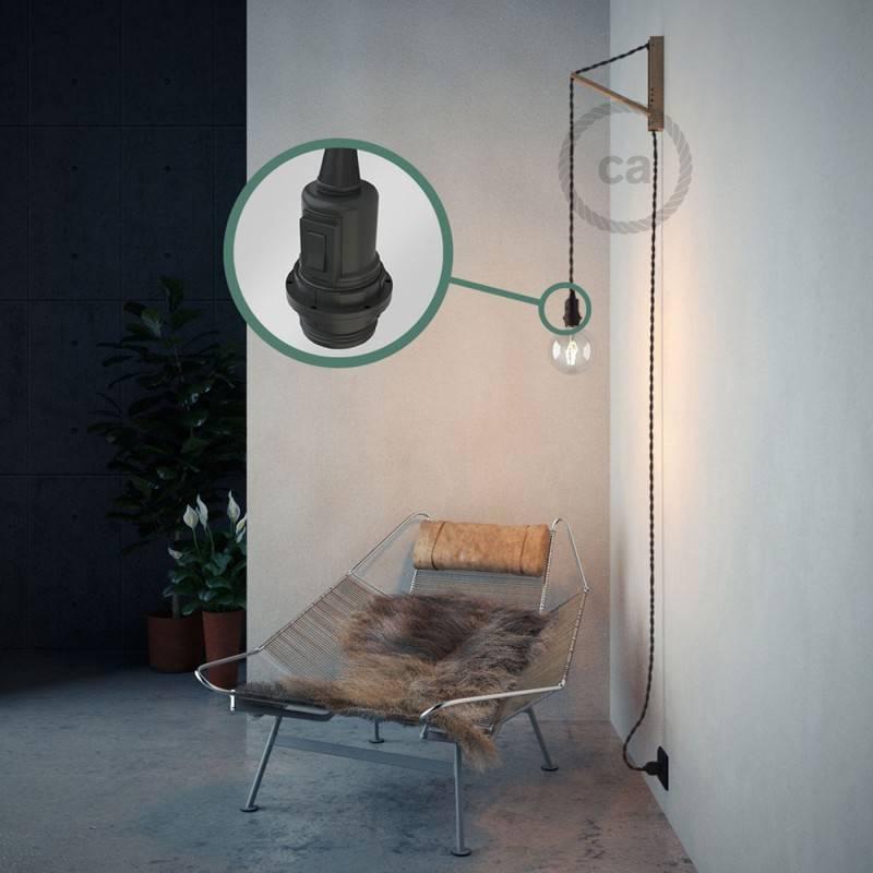Kreieren sie ihre Snake Lampenschirm Leuchte mit dem TM26 Dunkelgrau Seideneffekt und erleuchten sie ihre Umgebung.