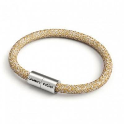 Armband mit mattsilbernem Magnetverschluss und Textilkabel RS82