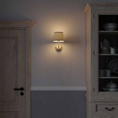 Fermaluce Cottage aus klassisch anmutendem Keramik mit Lampenschirm und gebogenes Rohr im Landhaus-Stil